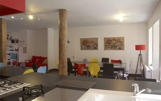 Salle à manger et espace cuisine